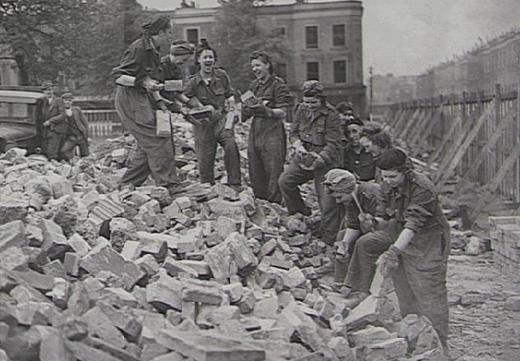 Women ARP demolition workers cleaning bricks