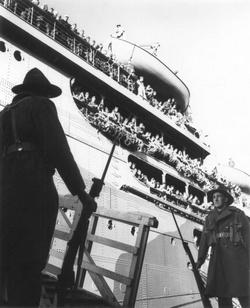 Marines arrive in Wellington