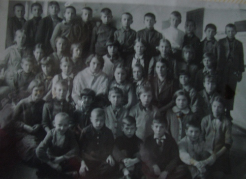 the class in which Galina V. Rakov studied before the war.