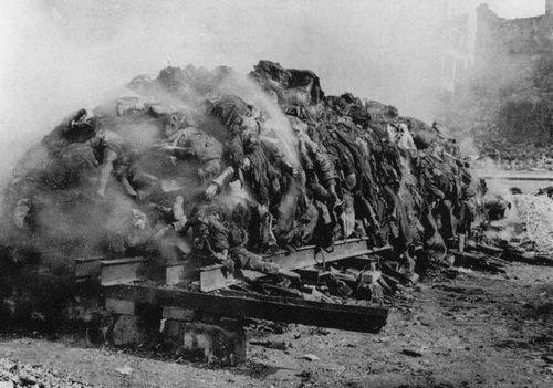 Dead people. Dresden, 1945.