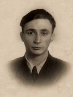 Efrem Shteinbok, 1954 This photo was taken shortly after the graduation from the Leningrad Shipwright University.